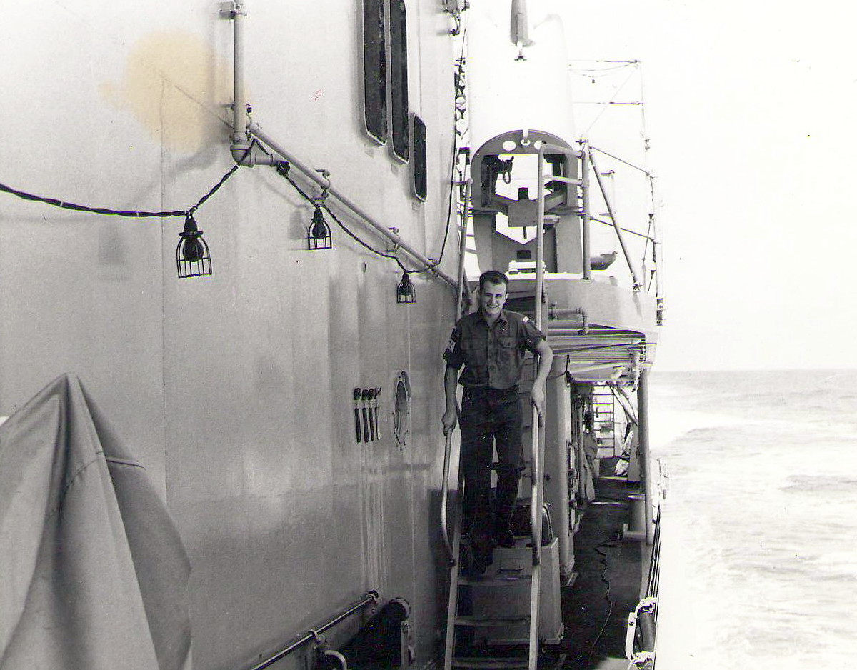 1969 HMAS Perth P. Edwards